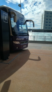 bus from airport to Annecy
